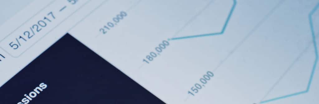 courbe croissance trafic web référencement payant