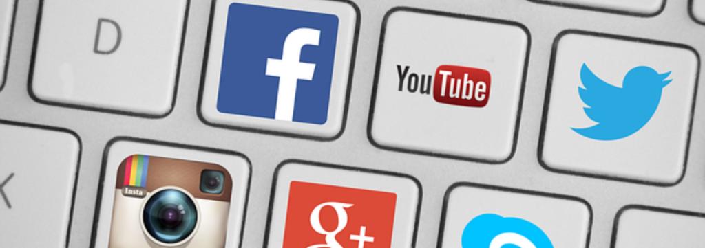 Comment créer votre image de marque sur les réseaux sociaux avec Searchbooster